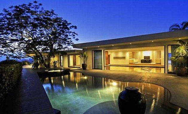 Case lussuose quali sono le pi lussuose del mondo for Case arredate moderne foto