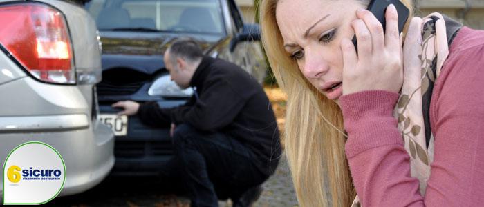 incidente in un parcheggio
