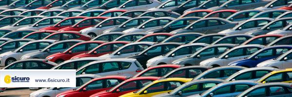 Auto: la crisi del settore genera cimiteri di auto invendute