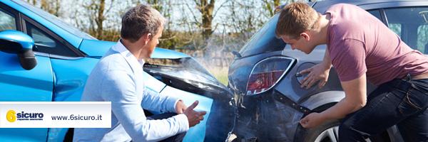 incidente-parcheggio