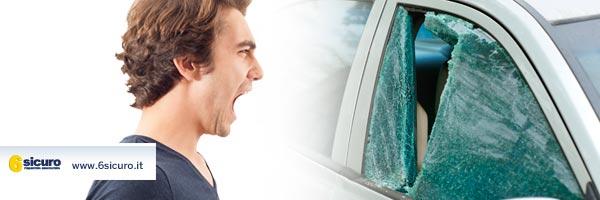 vetri auto rotti cosa fare