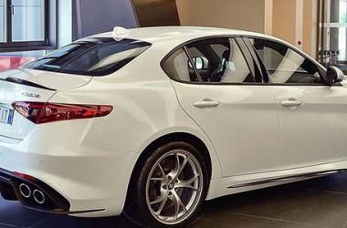 Alfa Romeo Giulia: motori, allestimenti e prezzo