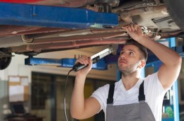 Revisione auto: costo, scadenza, novità e sanzioni