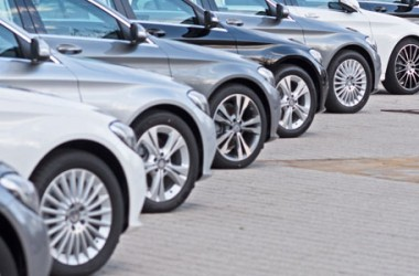 Assicurazione auto: risarcisce anche con veicolo fermo
