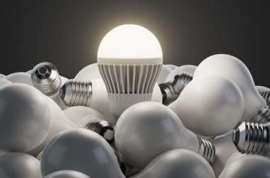 Contratto energia elettrica: tariffe, recesso, prima e seconda casa