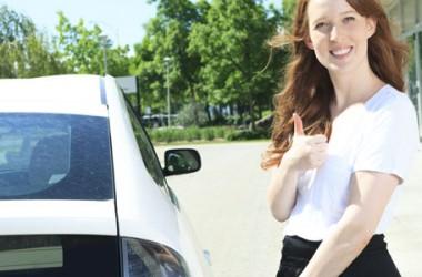 Auto elettriche: pro e contro per scegliere al meglio