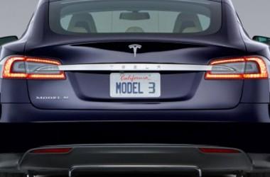 Tesla Model 3: prezzo e prestazioni dell'auto elettrica più desiderata
