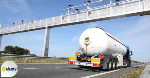 Blocco mezzi pesanti: il calendario per il 2016