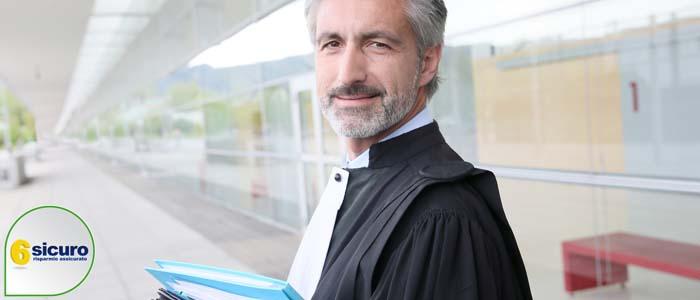 assicurazione auto rinuncia avvocato