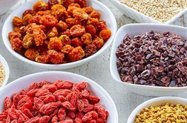 Superfood: quali sono i cibi che ci fanno rimanere giovani e in forma