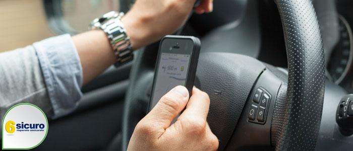 assicurazione auto contrassegno smartphone