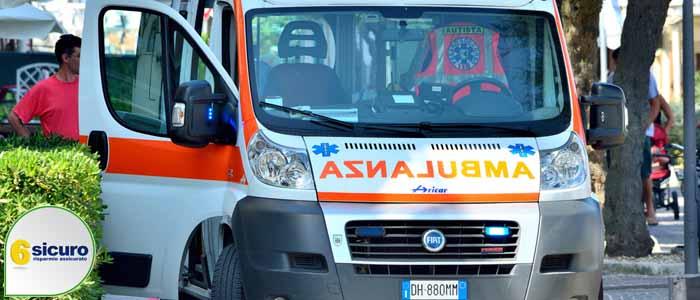 ambulanza multa doppia fila