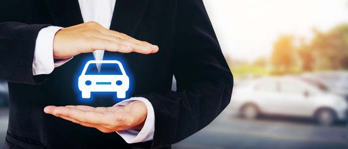 Assicurazone auto diminuiscono le cause pendenti, ma non i costi