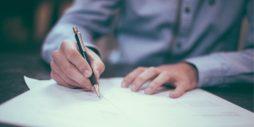 Il testamento: cos'è, i vari tipi e i casi in cui si può impugnare