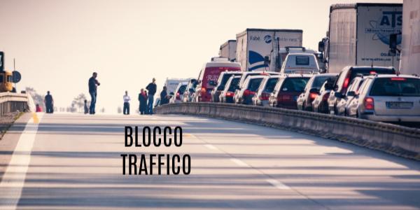multe blocco traffico